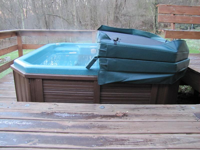 Five Reasons You Must Use a Hot Tub Cover | Hot Tub Cover Pros